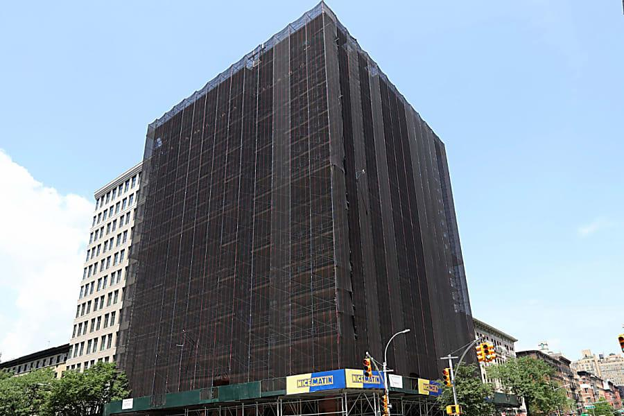 Hotel roof eyed as possible refuge for flood of UWS homeless