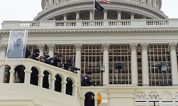 Photographer who captured disturbing Capitol riot moment: It was a really bad situation