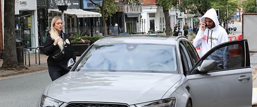 People : Première apparition de Mahrez avec sa nouvelle compagne (Photos)