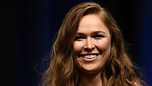 Ronda Rousey Jumps Barricade, Destroys Mickie James at WWE Extreme Rules