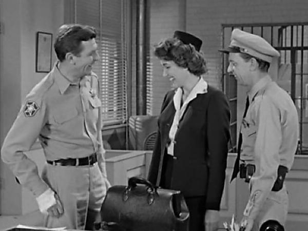 [Photos] Most People Never Noticed This in Iconic Andy Griffith Show Scene