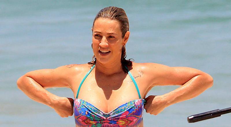Criticada por corpo em praia, Piovani dá resposta sincerona que faz muito sentido