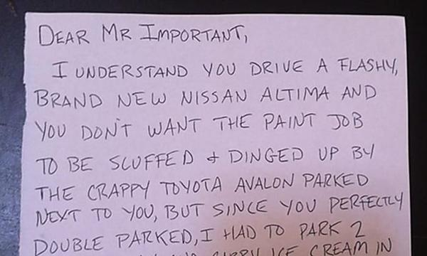 [Gallery] Hilarious Windshield Notes Left Drivers Laughing