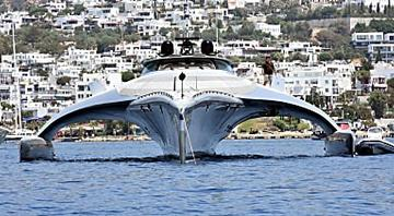 Billionaire Selling the 'Starfighter' of Superyachts
