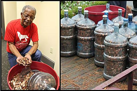 [Gallery] This Guy Has Been Saving Change For 45 Years. When He Cashed In The Savings, He Almost Passed Out
