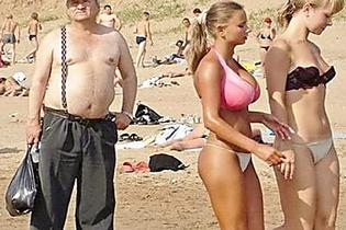 [Pics] We Dare You Not To Laugh At These Vacation Pictures