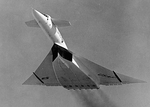 (Photos) The US Developed a Supersonic Nuclear Bomber in the 1950s
